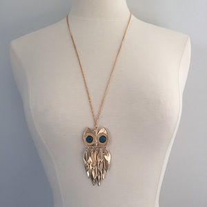 NWT Blue Jewel Eye Owl Tassel Pendant Necklace